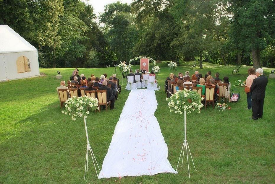 34444e817c Ślub w plenerze - Pałacyk Lisewo
